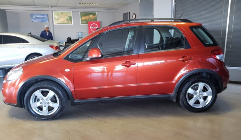 2012 Suzuki SX4 2.0 CVT For Sale in Milnerton full